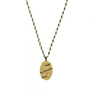 Hand Woven Gold Necklace With Diamonds